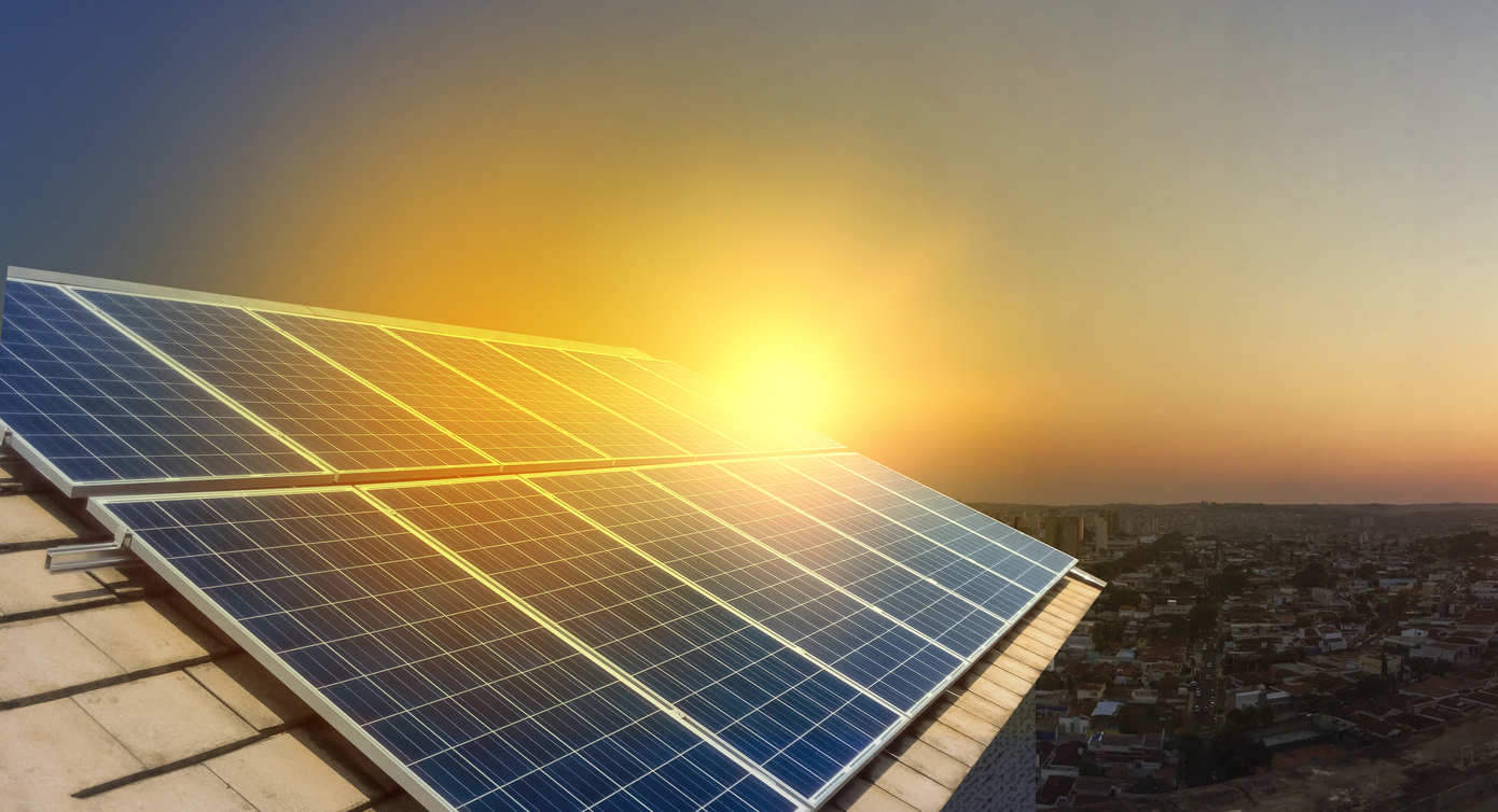 //www.cleanpointenergy.com/wp-content/uploads/2019/01/solarpanelssunset.jpg